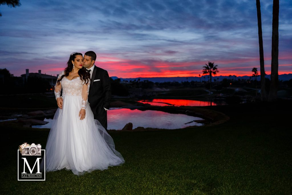 Reasons Why You Should Hire a Las Vegas Wedding ...